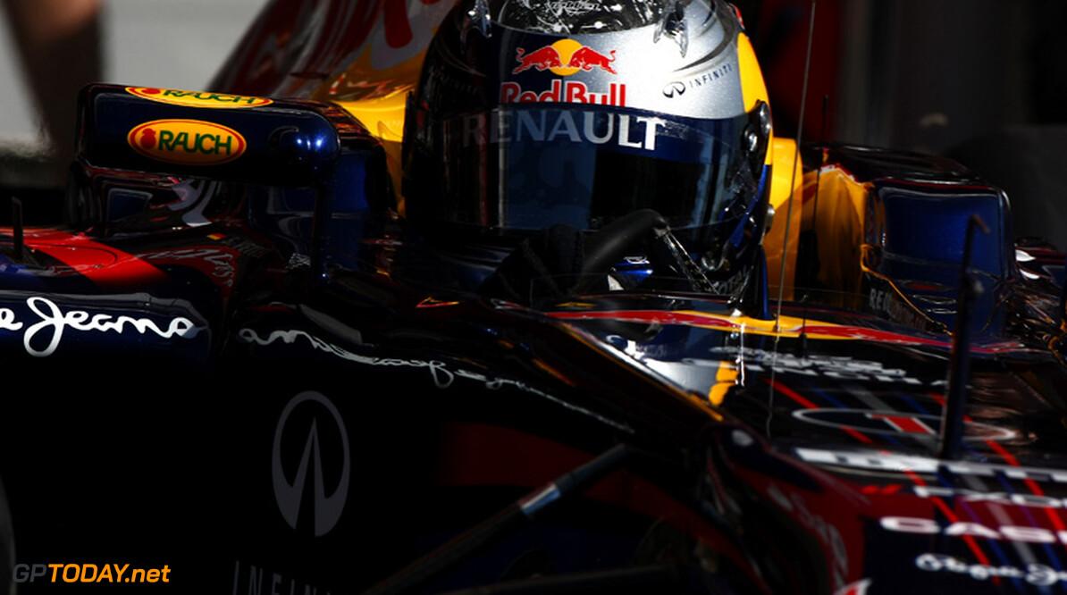 VT1: Vettel eerste, betrouwbaarheid laat Webber in de steek