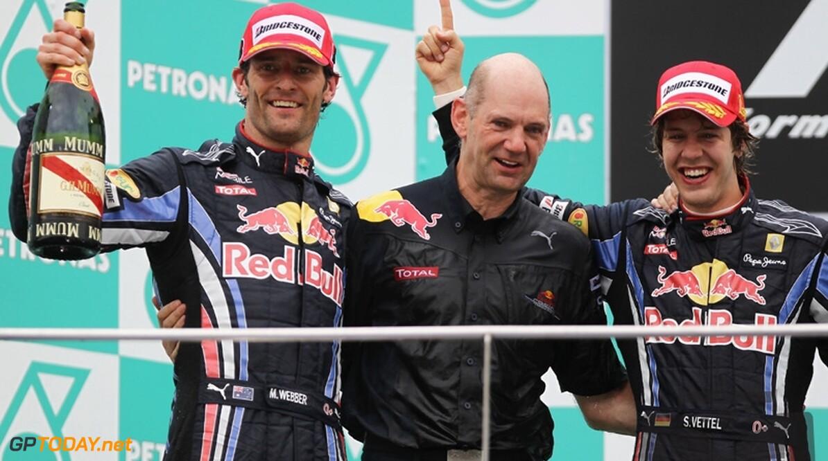 """Mark Webber: """"Vettel meer gesteund door Red Bull"""""""