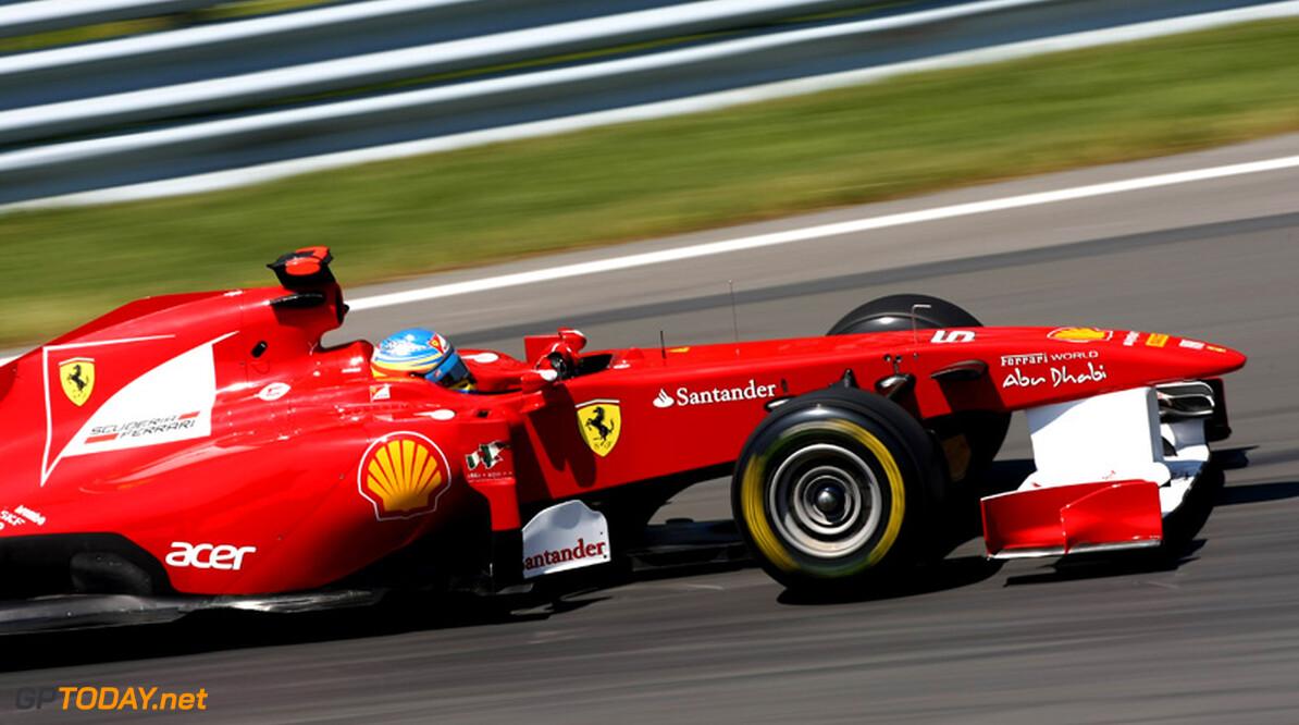 VT2: Alonso voert top vier met vier verschillende teams aan