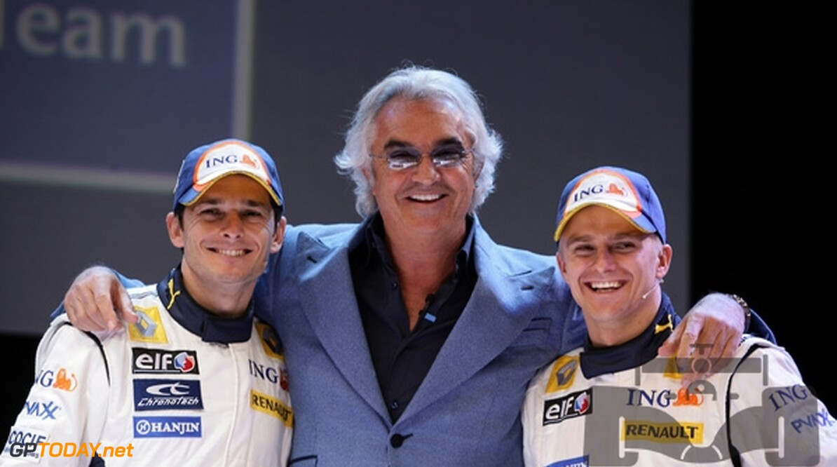Briatore bevestigt interesse in Alonso
