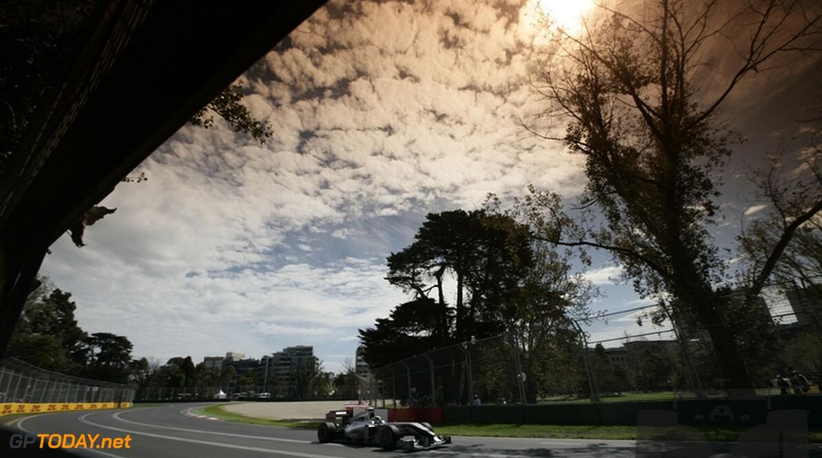 """Brawn: """"Mercedes GP nog lang niet uitgeschakeld voor de titel"""""""