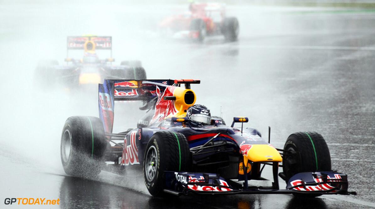 Red Bull Racing blijft voorlopig op twee paarden wedden