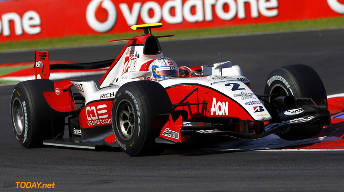 Mercedes GP wijst Sam Bird aan voor young drivers-test