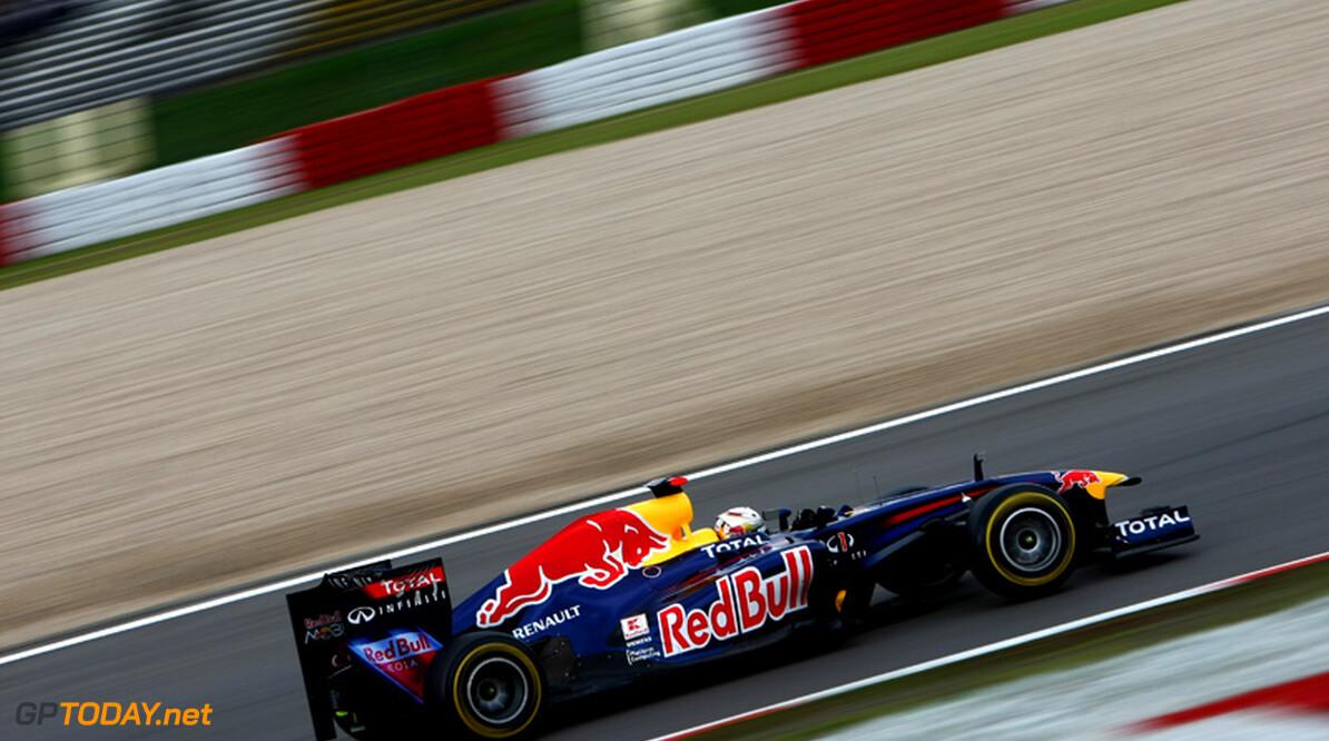 "Whitmarsh: ""Ik denk niet dat Vettel breekt onder de druk"""