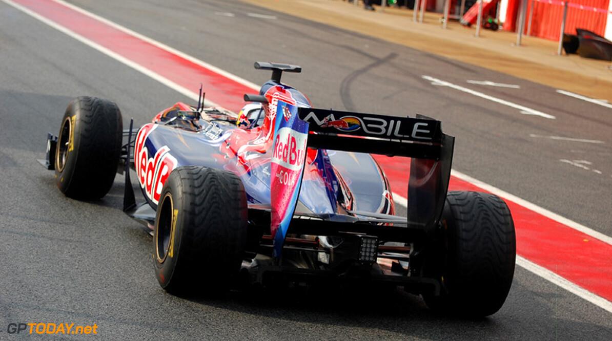 "Hamilton: ""Nieuwe Scuderia Toro Rosso is belachelijk snel"""