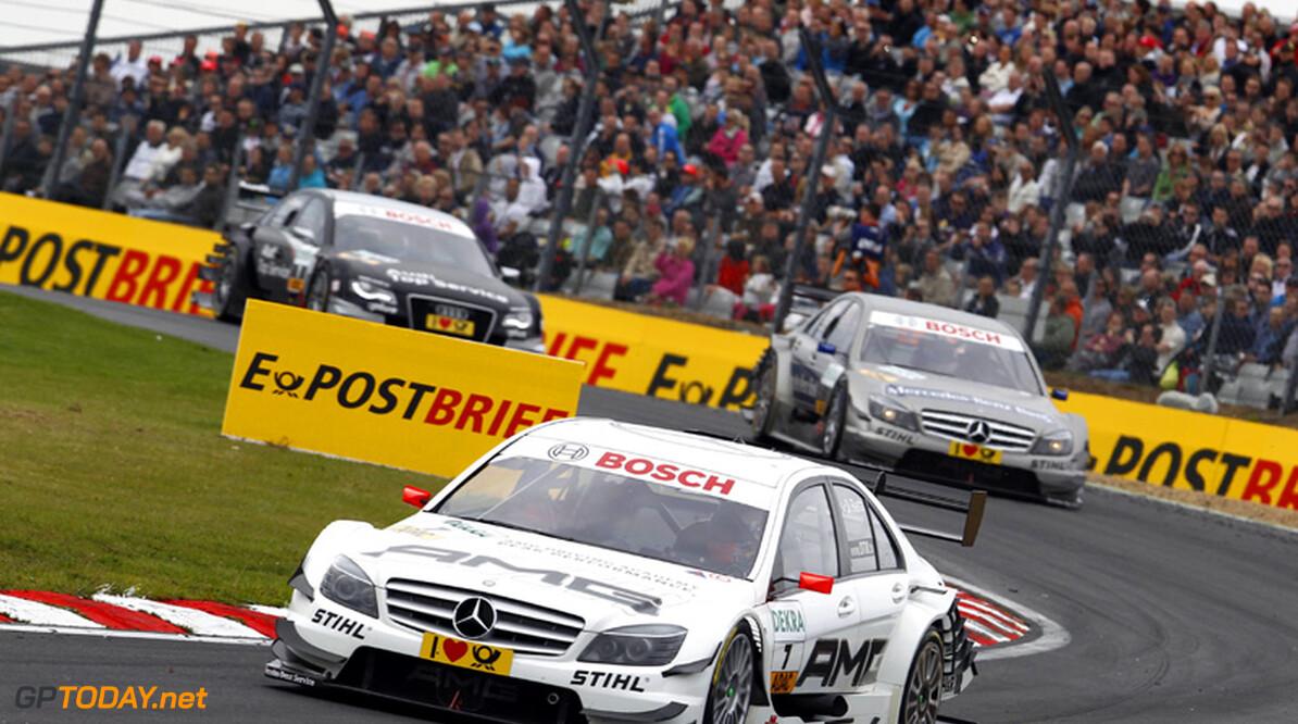 Mercedes opent weekend in Hockenheim als snelste