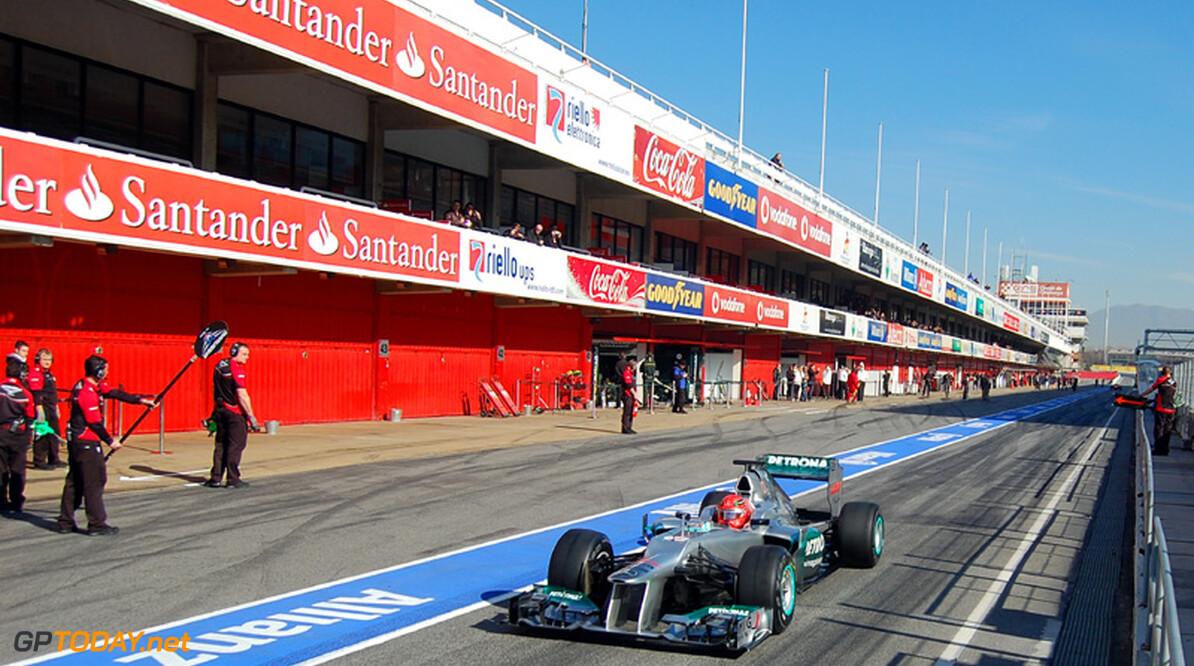 FIA denkt aan verlaging maximale snelheid in de pits