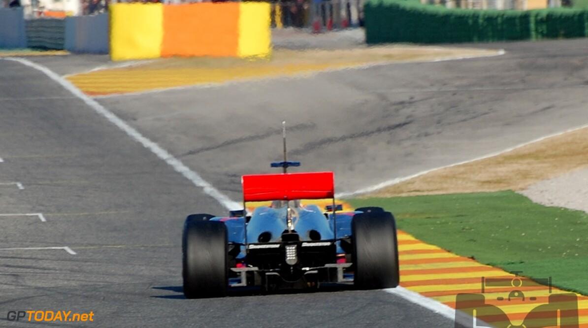 FIA inspecteert achtervleugel van McLaren pas in Bahrein