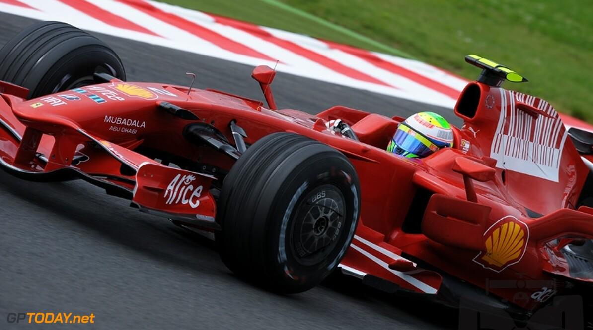 VT1: Ferrari neemt heft in handen