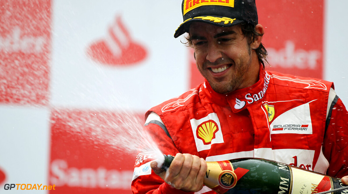 Fernando Alonso sterk van start in trainingen op Hungaroring