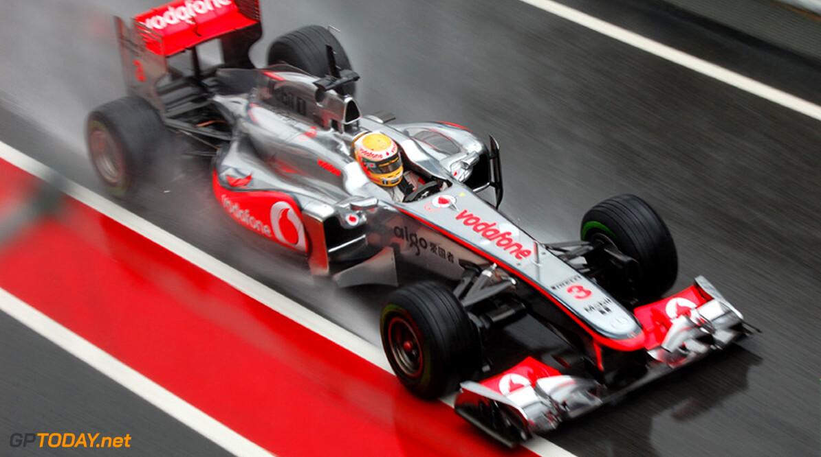 Red Bull Racing voedt speculatie over toekomst Hamilton