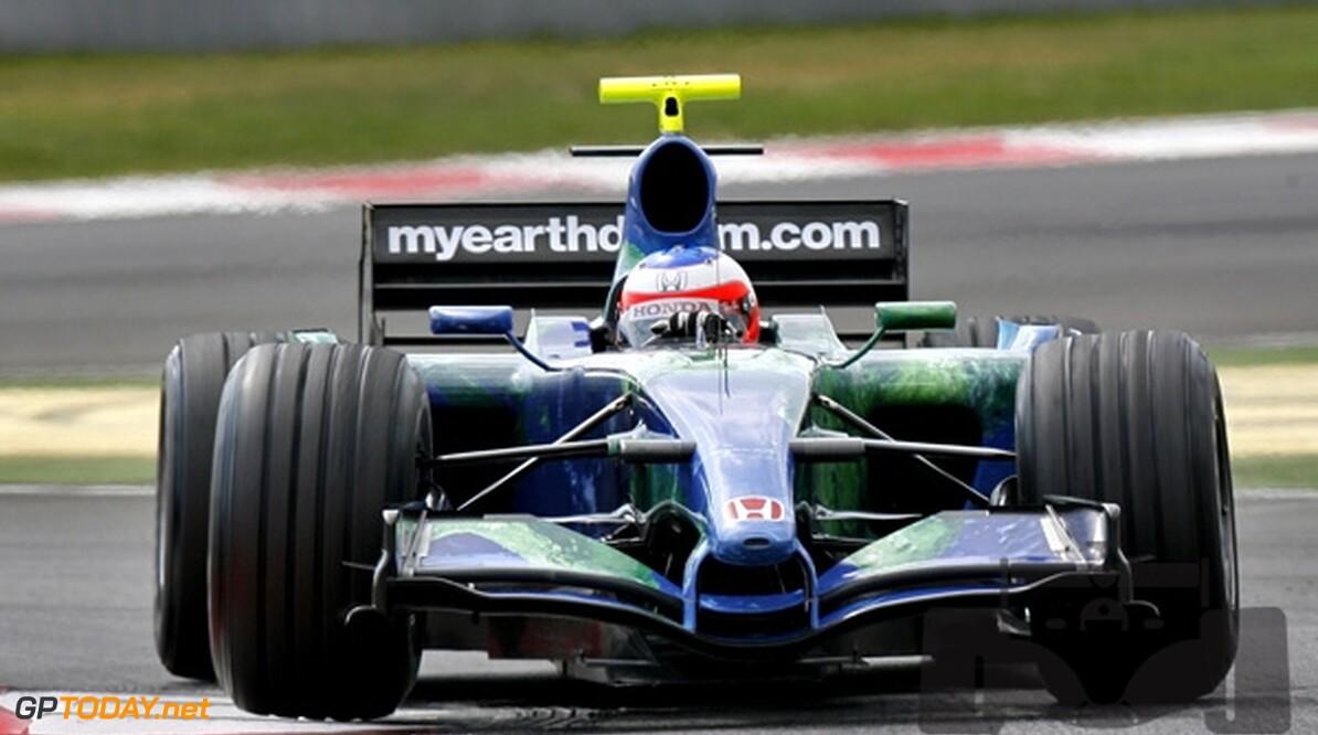 Trulli en Barrichello ondanks contract in gevarenzone