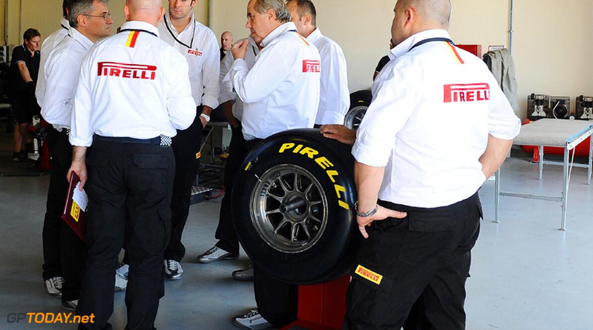 Pirelli van plan om coureurs tot twee pitstops per race te dwingen