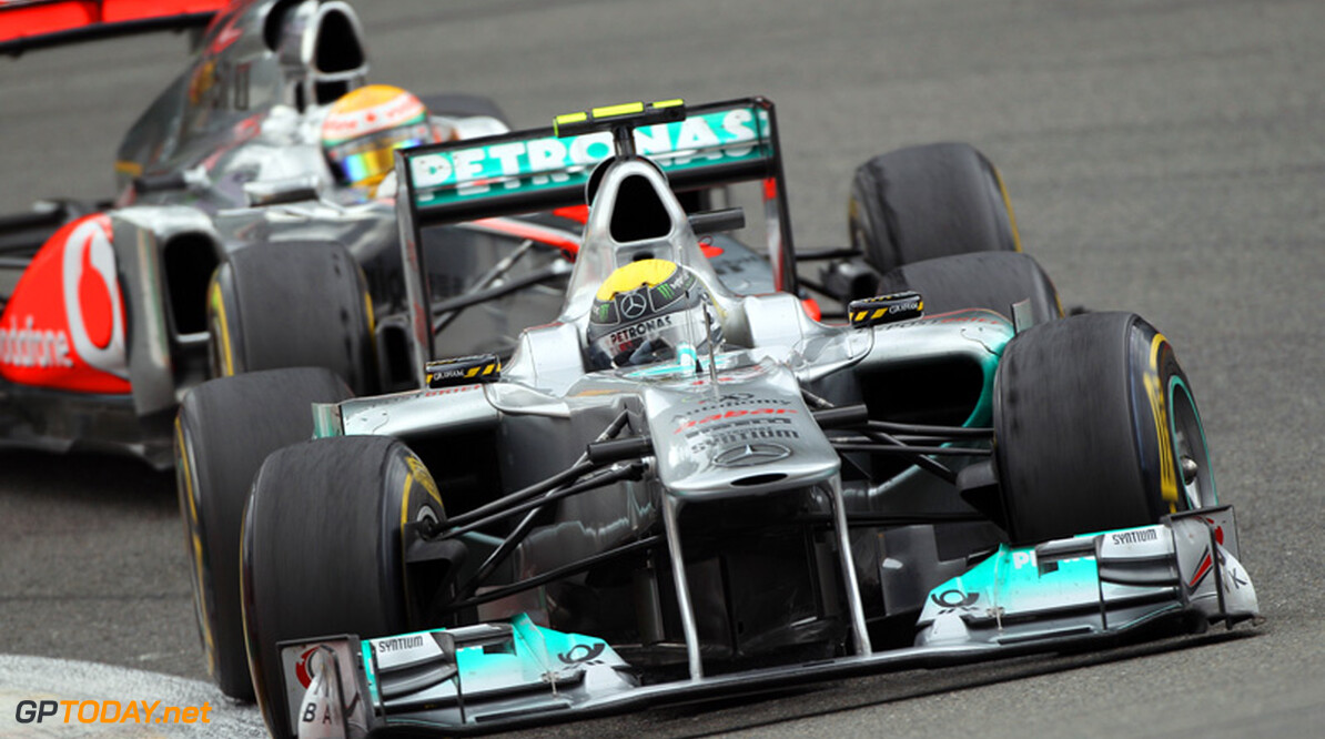 Rosberg hoopt in Abu Dhabi gat naar top drie teams te verkleinen