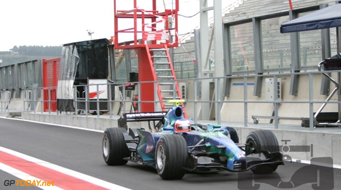 Barrichello tevreden over aangepaste RA107