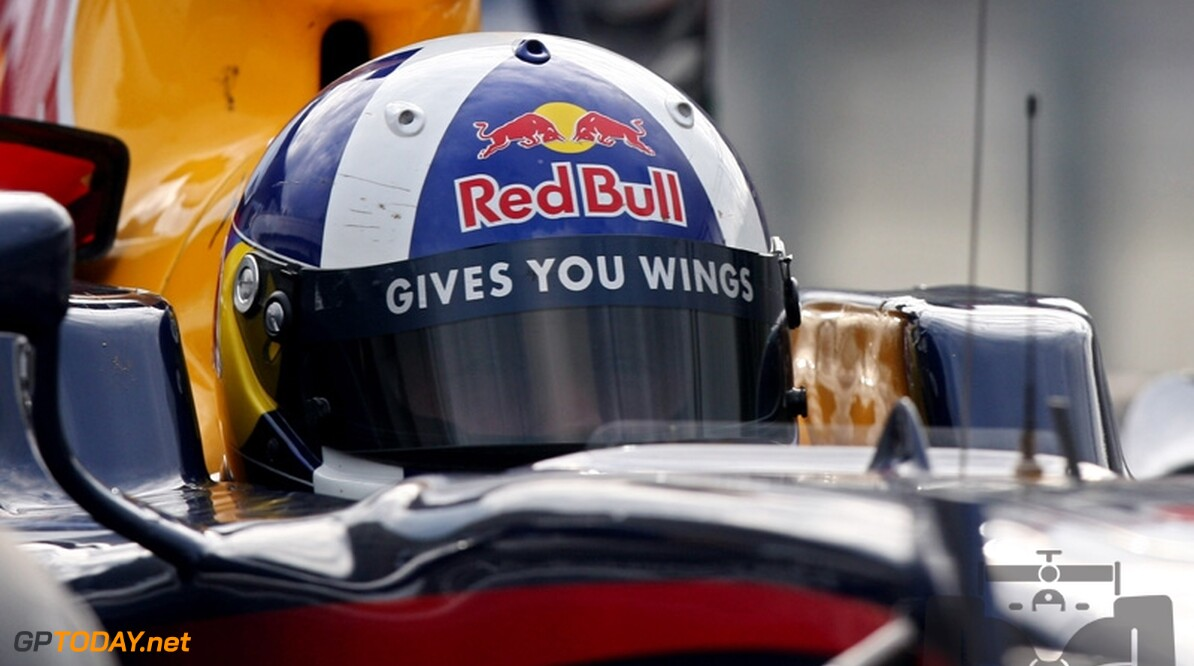 Coulthard crasht door ophangingsprobleem