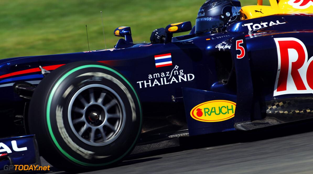 Sebastian Vettel verontschuldigt zich bij Button voor crash