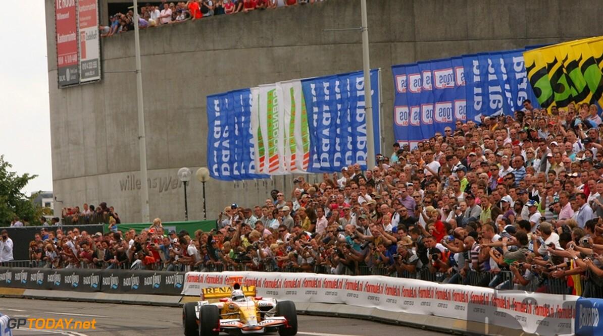 Renault zet ook Charouz in voor Formule 1-demo in Rotterdam