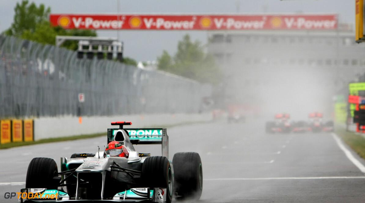 VT1: Schumacher de snelste in verregende sessie in Zuid-Korea