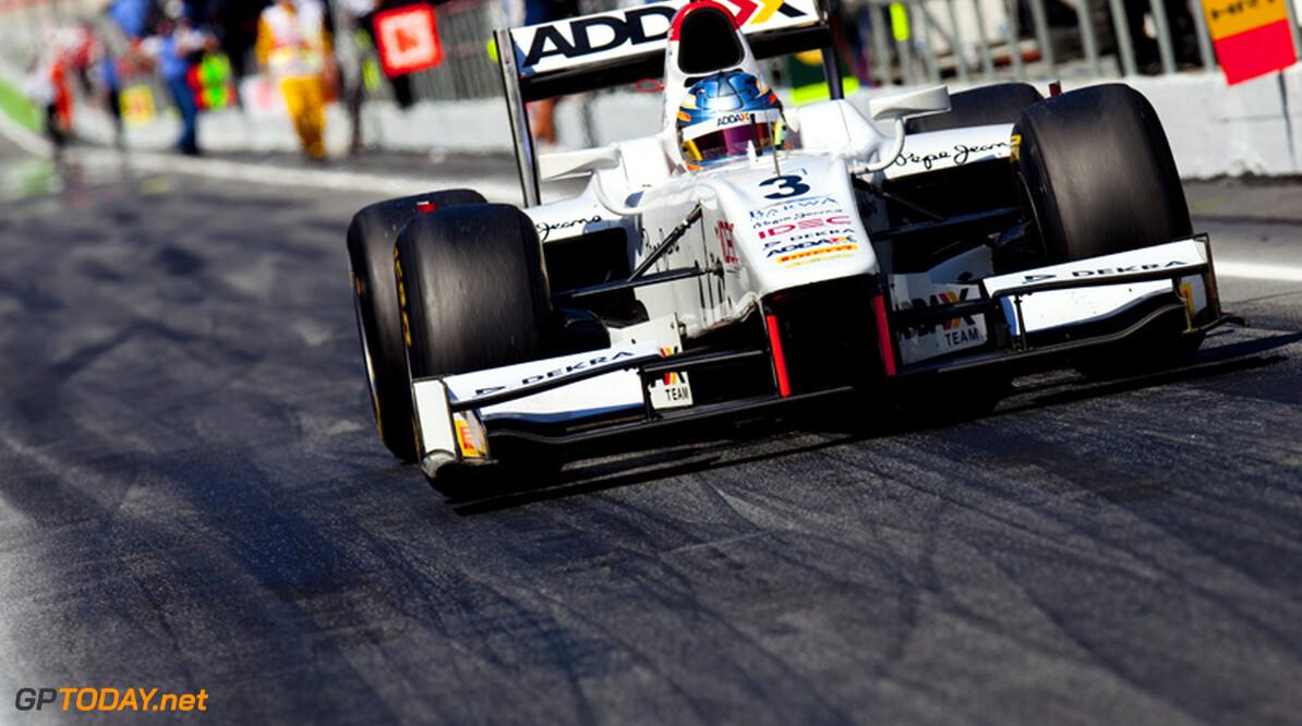 Pic in contact met Virgin Racing, Team Lotus en Williams voor 2012