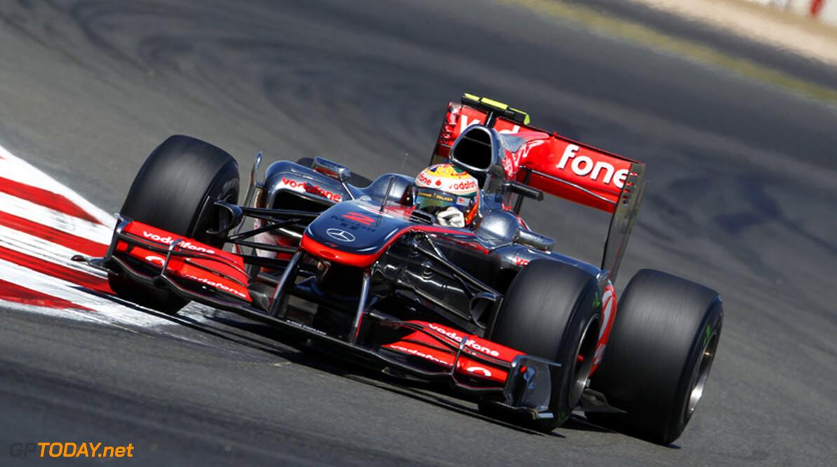 McLaren laat voorvleugel invliegen voor Hamilton
