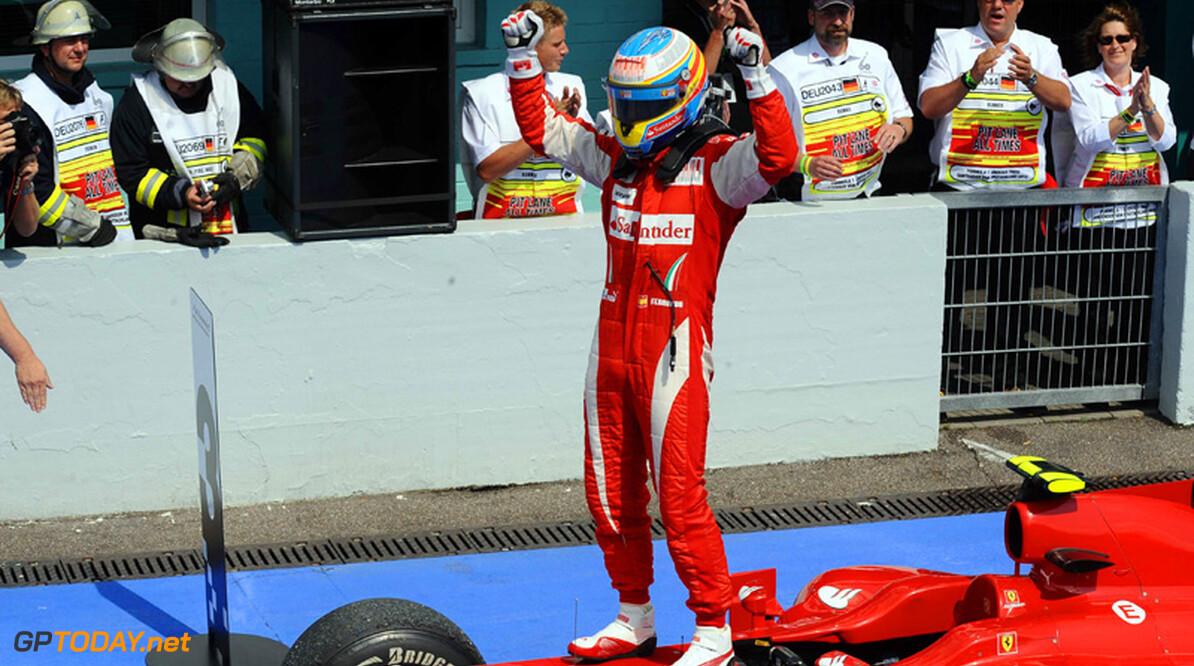 Alonso schat zijn kansen op de titel in op vijftig procent