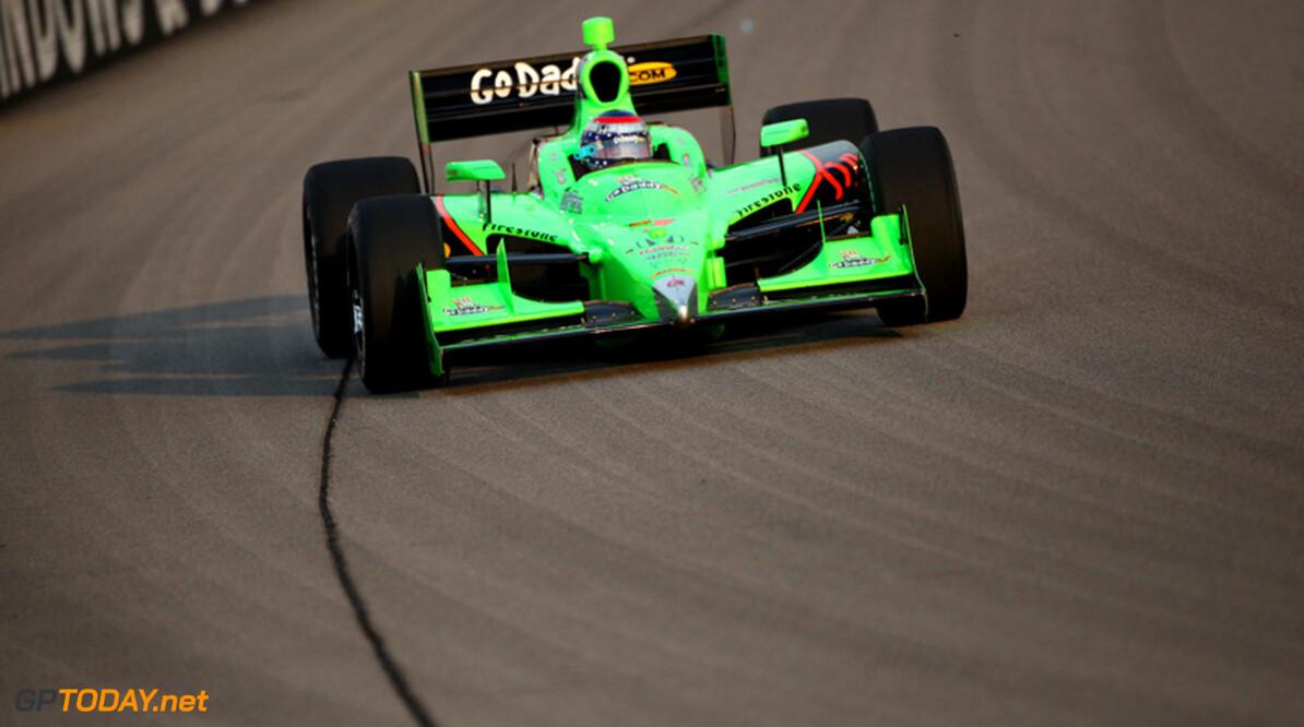 Danica Patrick begint laatste IndyCar-weekend met beste tijd