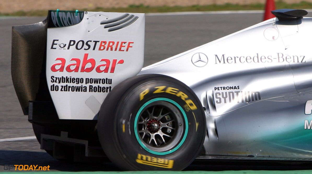 Mercedes GP test in navolging van Williams met 2012-uitlaten