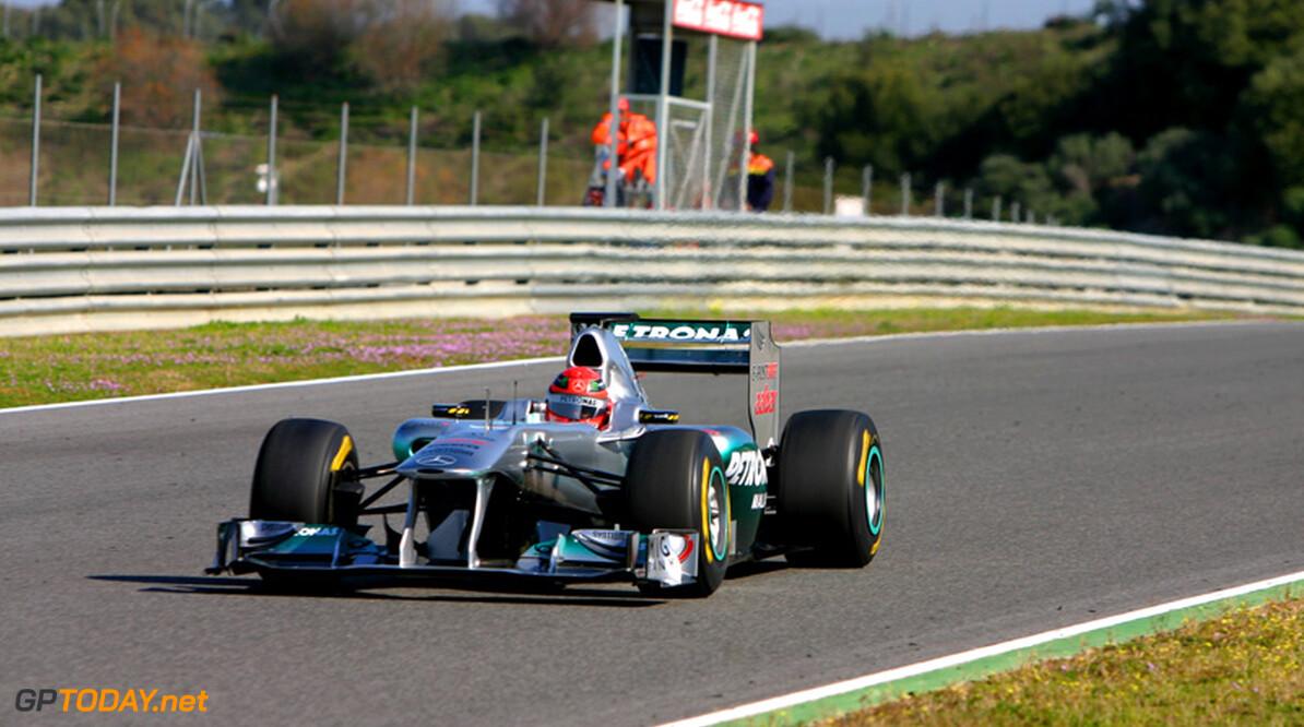 Michael Schumacher maakt zich zorgen over snelheid Mercedes