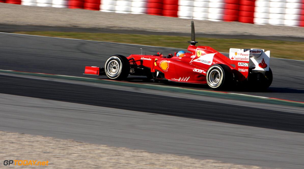 """Brawn: """"Ferrari lijkt te worstelen, maar vlak ze niet uit"""""""