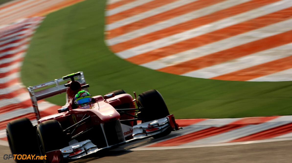 Ferrari met gemodificeerde nieuwe voorvleugel naar Abu Dhabi
