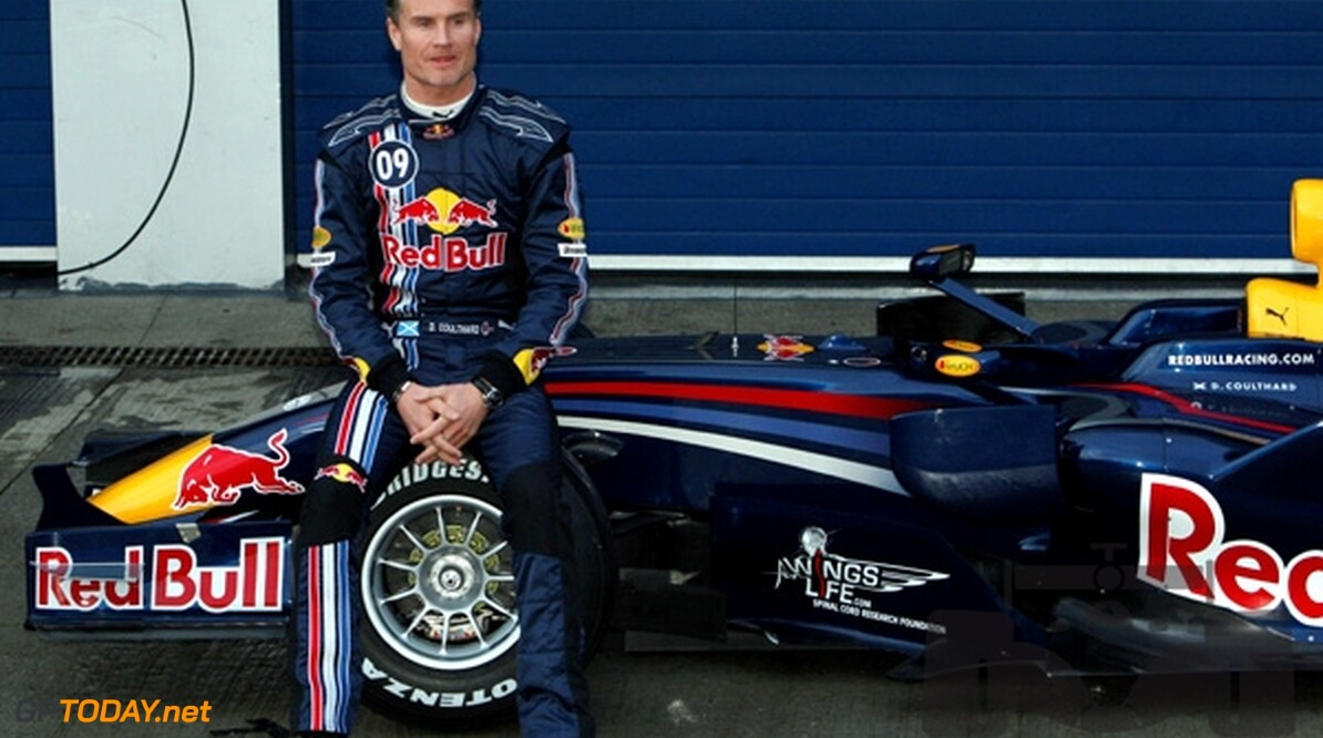 <strong>Video:</strong> Coulthard maakt donuts op wolkenkrabber in Miami