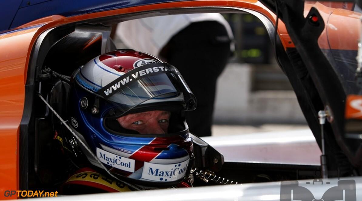 Jos Verstappen beschouwt het Formule 1-seizoen 2010