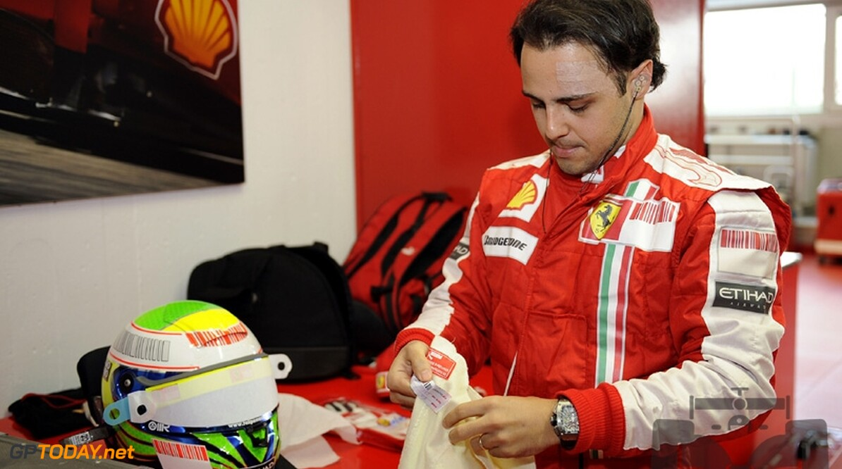 Felipe Massa zegeviert in Granja Viana-kartrace