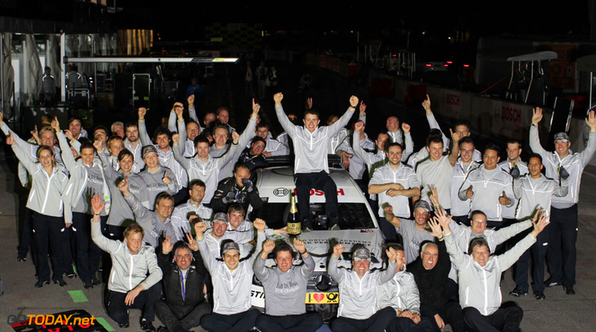 Paul di Resta DTM-kampioen 2010 na zege van Paffett