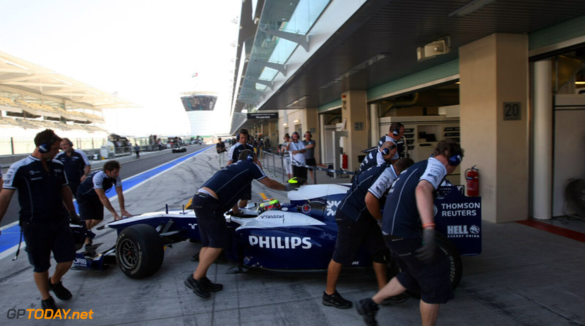 ABU DHABI, UNITED ARAB EMIRATES - NOVEMBER 16:  Dean Stoneman of Great Britain and Williams F1 Team during the Young Driver Testing at the Yas Marina Circuit on November 16, 2010 in Abu Dhabi, United Arab Emirates.  (Photo by Andrew Hone/Andrew Hone/Getty Images)  Andrew Hone