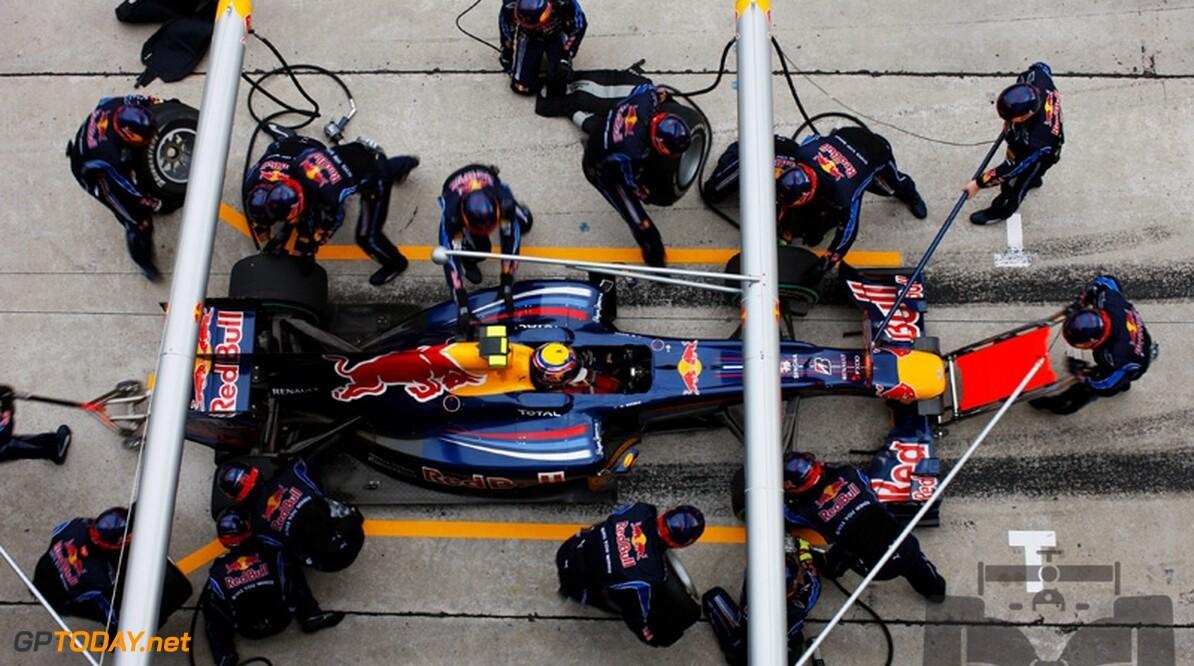 """Red Bull Racing: """"We gaan door met Renault in 2011"""""""