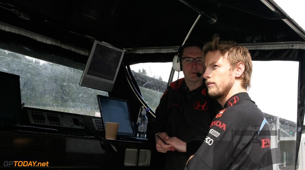 Jenson Button doet het wel goed in Japan