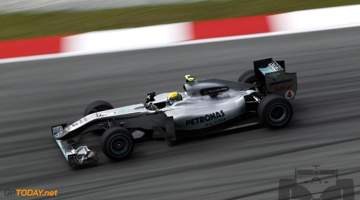 Mercedes GP moet bandenproblemen overwinnen voor zeges in 2010
