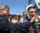Stevens wint eerste race, Sainz pakt kampioenschap