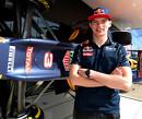 <b>Vijf jaar terug:</b> De leukste lezersreacties op 'Verstappen vervangt Kvyatt bij Red Bull'
