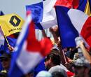Geniet van deze brullende V10-motoren tijdens de eerste ronden Franse Grand Prix in 2004