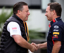 Zak Brown koopt rondleiding door Red Bull Racing-fabriek bij benefietveiling