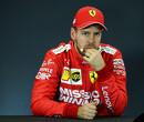 """Vettel maakt geen indruk op Irvine: """"Geen waardige viervoudig wereldkampioen"""""""