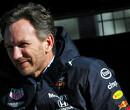Red Bull Racing toeschouwer in gespeculeer over coureurs