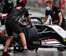 Romain Grosjean start vanuit pitlane na overtreden regels