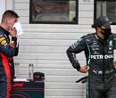 """Verstappen neemt het op voor Hamilton: """"Veel te zwaar gestraft"""""""