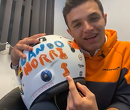 Dit is het helm design van Lando Norris voor de Britse GP