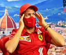 Sebastian Vettel crasht zijn Ferrari in Rusland tijdens Q2