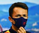 Ross Brawn vindt Alex Albon goed genoeg voor Red Bull Racing